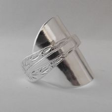 Stunning Handmade Antique Chunky Wrapped Sterling Silver Spoon Ring dated 1926